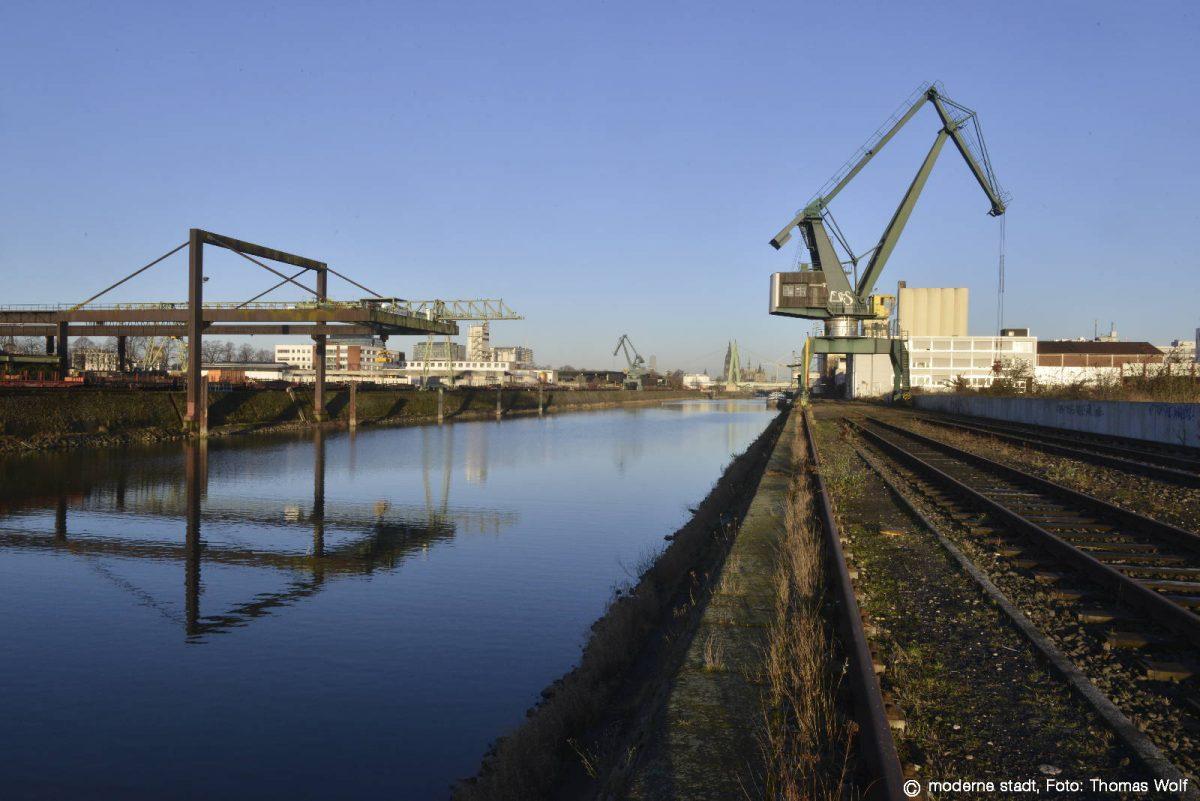 Neu im #KölnerBaukulturKalender: Zwischenpräsentation Deutzer Hafen